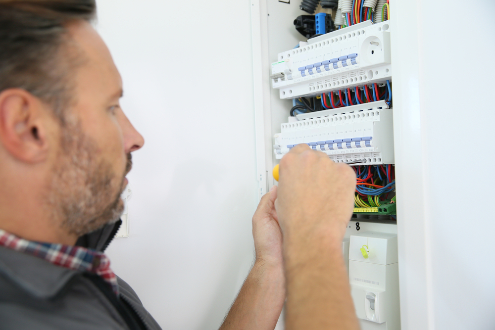 Signs That It Is time to Upgrade Your Electrical Panel